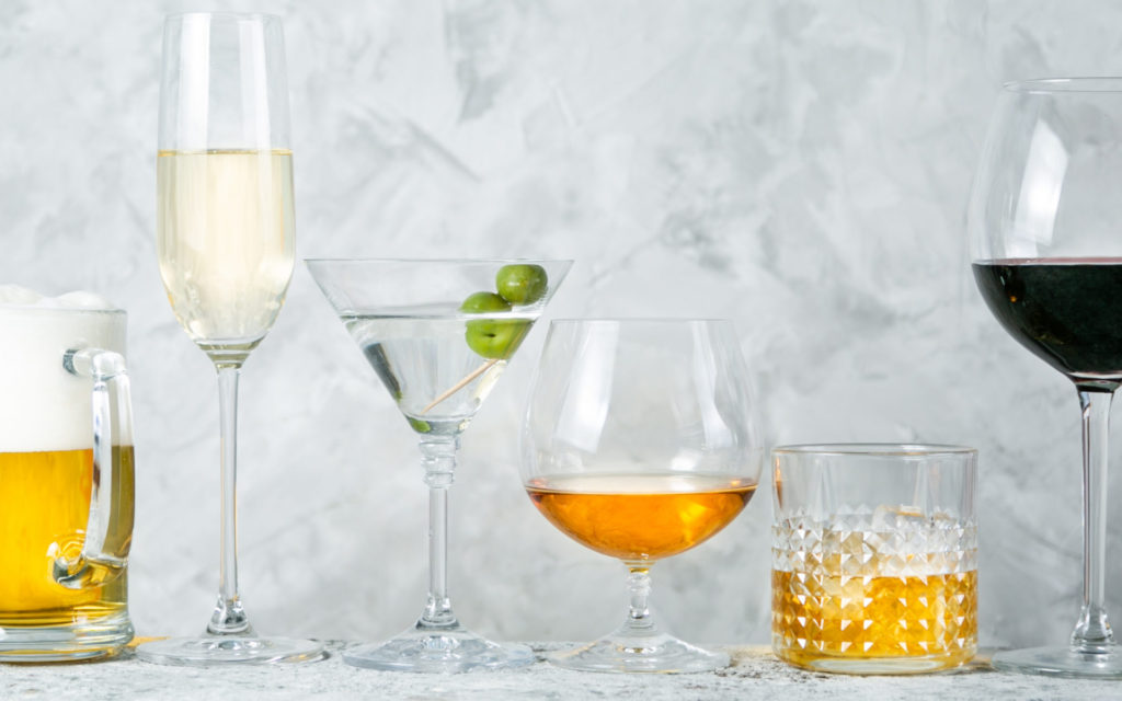 Can alcohol affect your eyes?